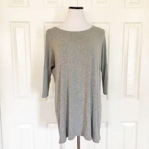 Reborn j gray tunic top 3/4 sleeve
